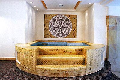 Бассейны в турецкой бане